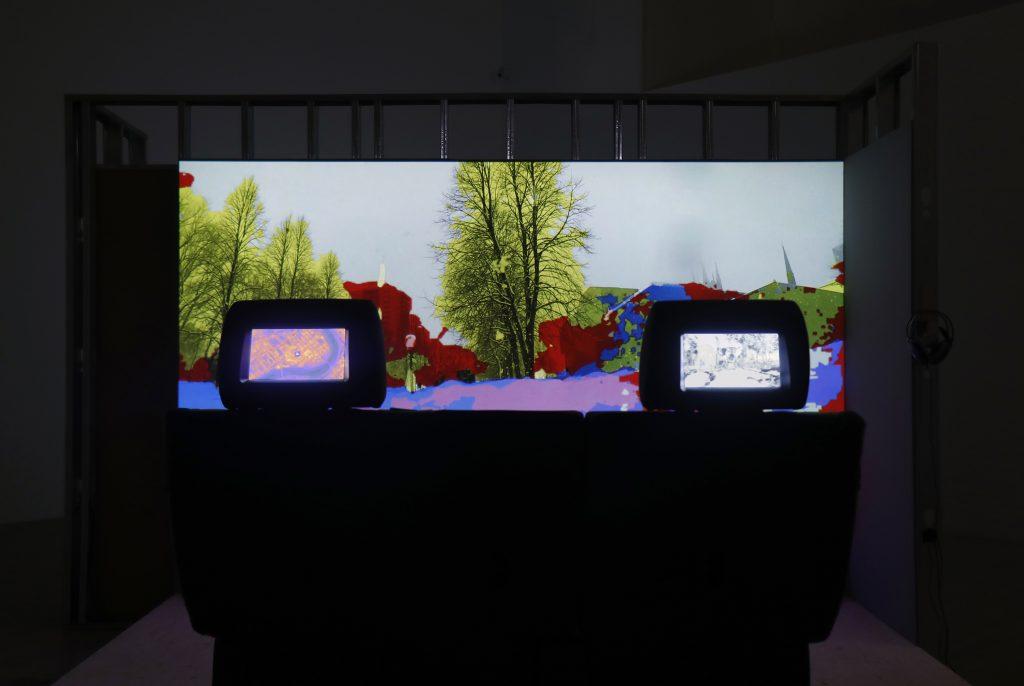 Le Rond-point itératif de la série Manœuvres et Cartographie de l'incertitude machine. Manœuvrer l'incontrôlable. Expression, Centre d'exposition de Saint-Hyacinthe.